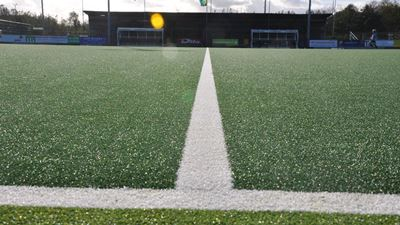 SEMI-WATERVELD VOOR HOCKEY